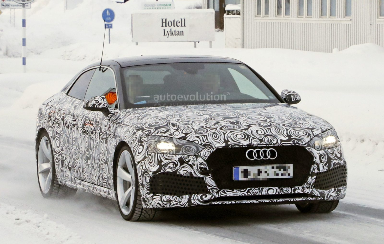 2018-audi-rs5-coupe-winter-testing-with-450-hp-600-nm-twin-turbo-v6_7