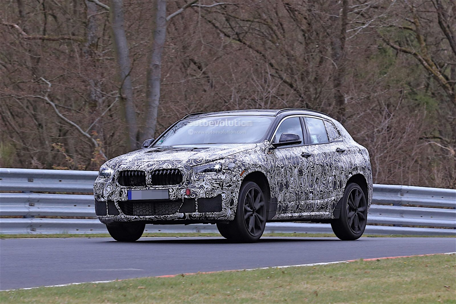 2018-bmw-x2-prototype-spied-on-the-nrburgring-117076_1