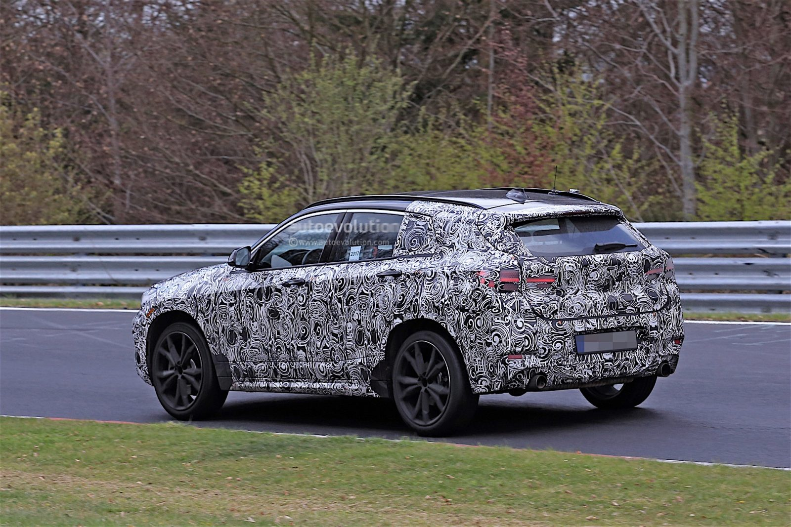 2018-bmw-x2-prototype-spied-on-the-nrburgring_4