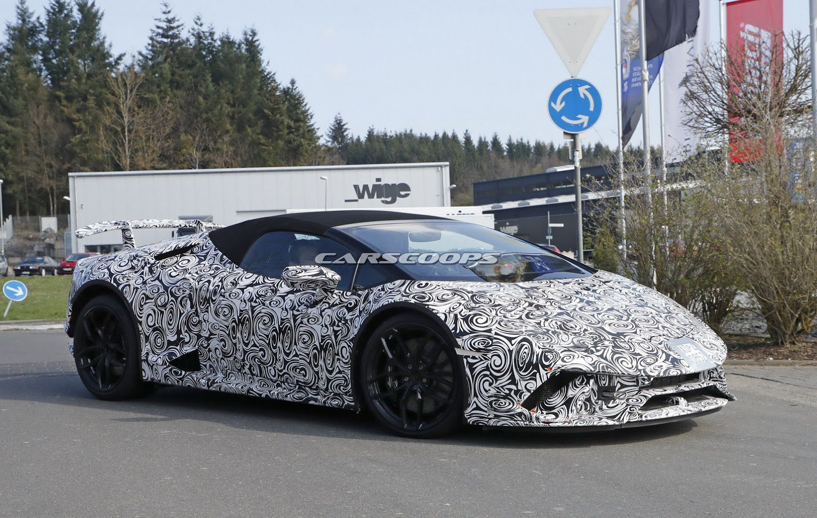 Lamborghini-Huracan-Performante-Spyder-5