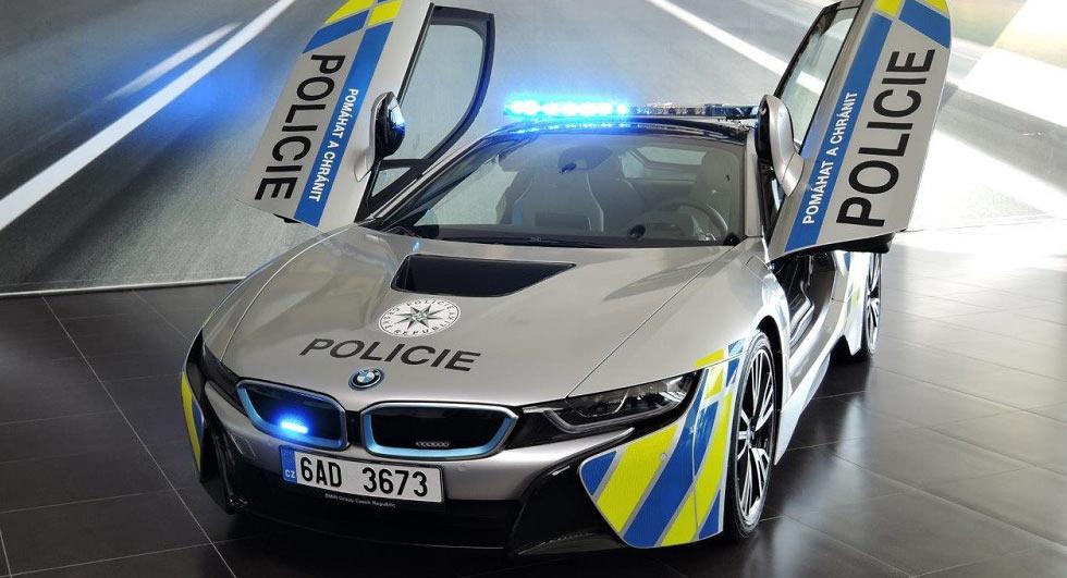 BMW-i8-Police-Car