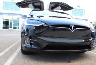 Tesla îşi anunţă rezultatele pe trimestrul întâi al lui 2017: producţie şi livrări record, venituri dublate