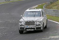 SUV-ul Rolls-Royce Cullinan este zărit pe circuitul de la Nürburgring; vedem fotografii spion!