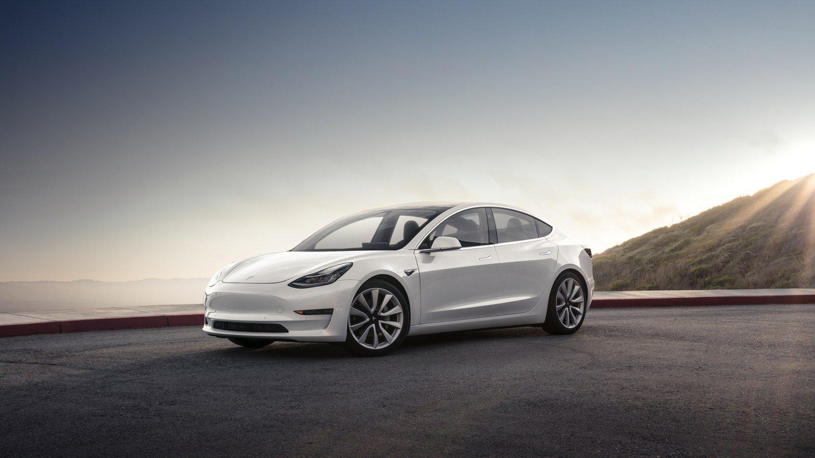 Tesla-AMD-Autonomous-Driving-Chip-1