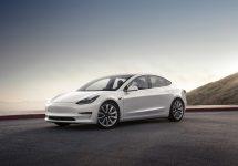 Tesla şi AMD lucrează la un chipset special pentru soluţii self driving