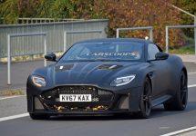 Aston Martin Vanquish apare sub formă de prototip în fotografii spion