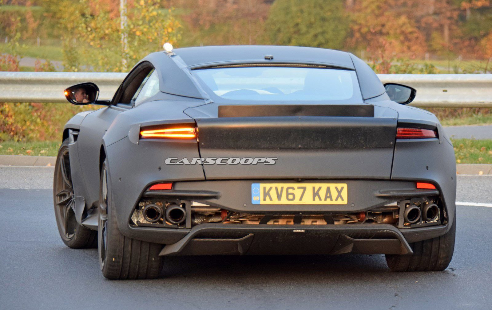 Aston-Martin-Vanquish-18