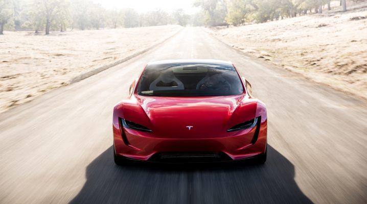 Tesla lucrează la chip-uri AI custom cu aplicații în zona de șofat autonom