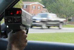 Polițiștii Rutieri nu doresc presemnalizarea aparatelor radar; Apelează la Președintele României pentru ca legea să nu fie promulgată